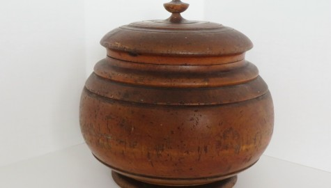 Early 19th. Century Wood Canister/Jar/Treenware/Peaseware