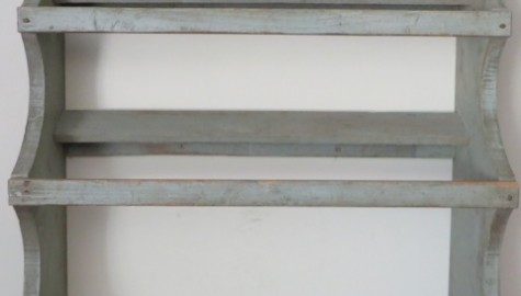 Early 19th. Century Painted Dough Bowl Rack