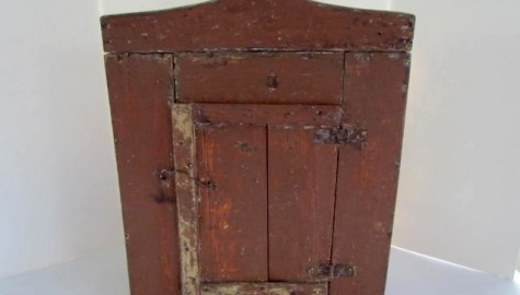 19th. century Small Painted Wall cupboard