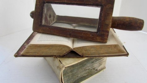 19th. century Water Magnifier