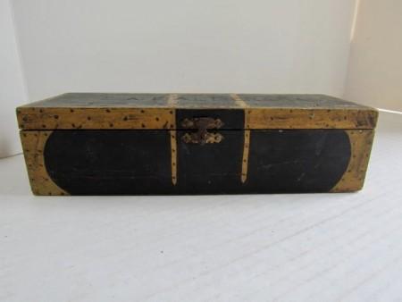 19th. century Folk Art, Paint Decorated Box
