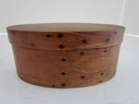 Shaker, Small Pantry Box with Three Fingers