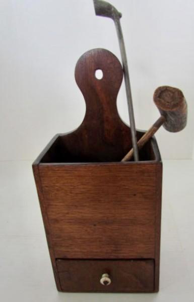 19th. century American, Mahogany Pipe Box
