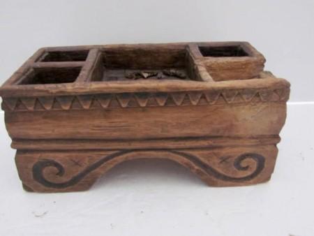 18th. century Table Top Open Spice Box