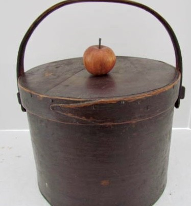 18th. century Bale Handled Pantry Box of Unusual Size