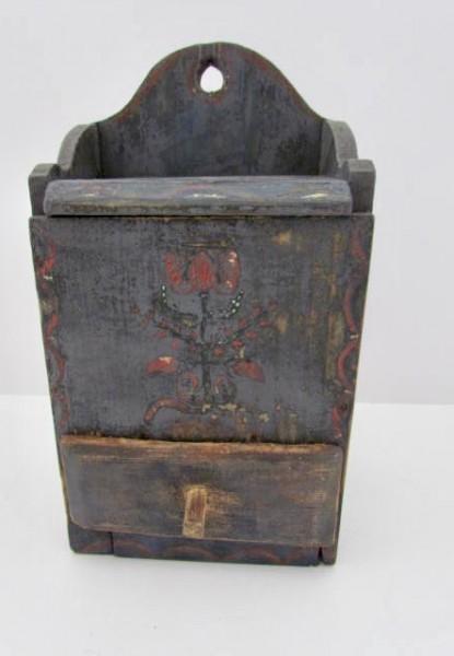 Early 19th. century Salt Box w/Tulip Decoration