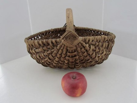 Large, 19th. century Ash Splint Basket