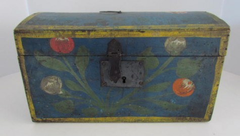 Early 19th. century Dome Top Box, Blue with decorations
