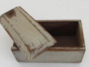 19th_century_candle_box