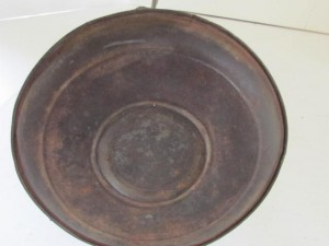 saucer_tin_grease_lamp