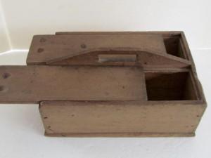 double_lidded_table_box
