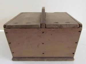 double lidded_table_box