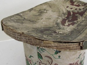 19th_century_wallpaper_hat_box