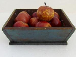 small_apple_box