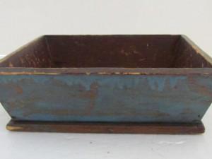 antique_table_box