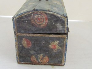 painted_dome_box