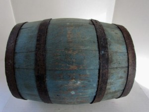 Revolutionary War_blue_painted_keg