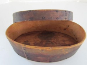 antique_oval_pantry_box