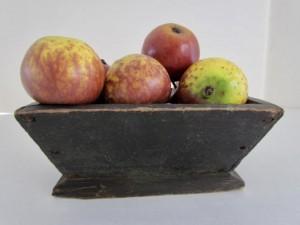 apple_box_black_paint