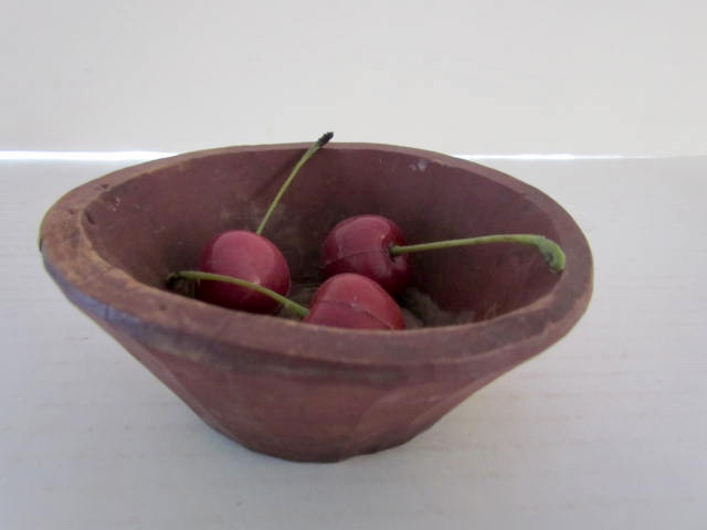 red_painted_bowl
