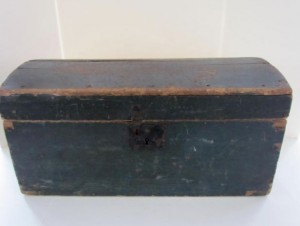 19th._century_blue_painted_box