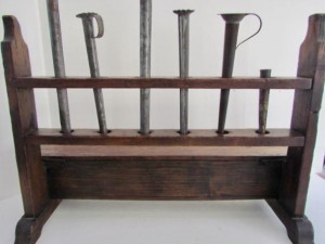 Pine_candle mold_stand