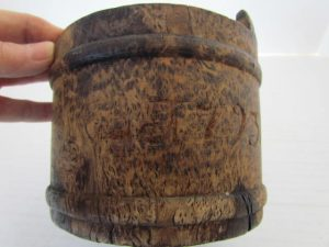 American_dated_burl container