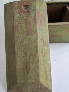 green painted_candle box
