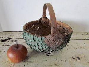 red_green_paitned basket