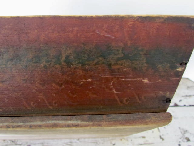 red_green_table box