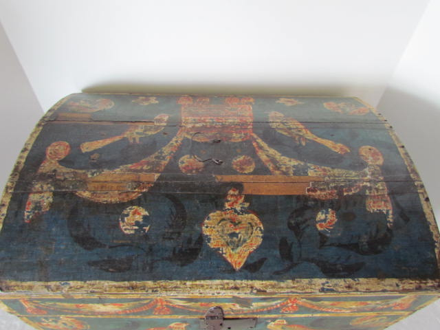 19th. c. _ paint decorated_table box