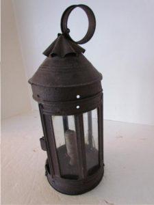 American_tin lantern
