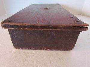 lidded_desk box