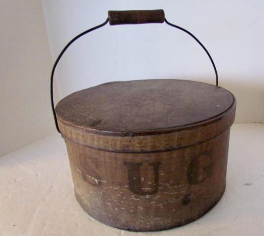 Sugar_bail handled pantry box