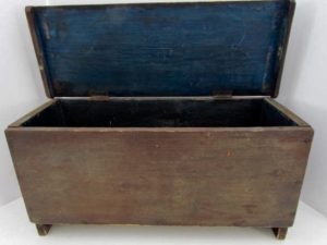 18th. century_miniature blanket chest