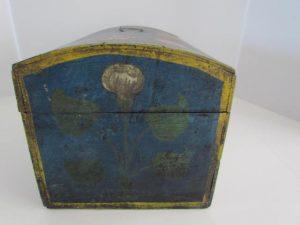 dome box_original blue paint